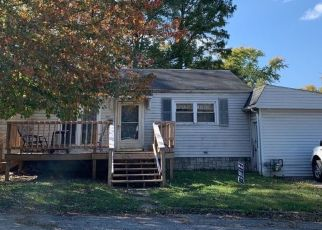 Pre Foreclosure in Mitchell 47446 S 9TH ST - Property ID: 1401714926