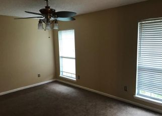Pre Foreclosure in Jacksonville 32224 SHAKY LEAF LN N - Property ID: 1401948802