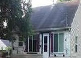 Pre Foreclosure in Waterloo 50703 W DONALD ST - Property ID: 1402000921