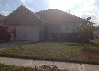 Pre Foreclosure in Dickinson 77539 ELDERBERRY DR - Property ID: 1402382839