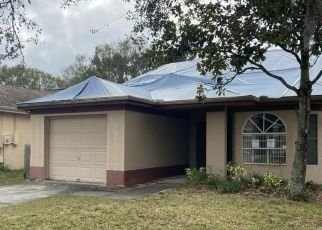 Pre Foreclosure in Tampa 33635 HIDDEN HOLLOW CIR - Property ID: 1402504135