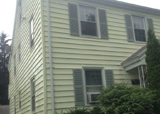 Pre Foreclosure in Fairfield 06825 EUCLID AVE - Property ID: 1402601371