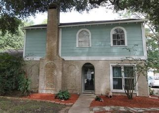 Pre Foreclosure in Houston 77066 HAVENWOODS DR - Property ID: 1402809857