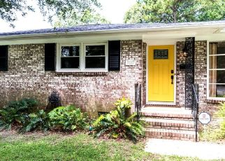 Pre Foreclosure in North Charleston 29405 FRANCE AVE - Property ID: 1403009565