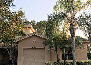 Pre Foreclosure in Boynton Beach 33437 PARK LAKE CIR - Property ID: 1403407238