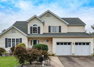 Pre Foreclosure in Beachwood 08722 MERMAID AVE - Property ID: 1403497467