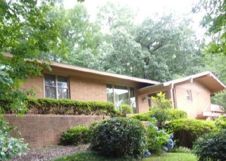 Pre Foreclosure in Alexander City 35010 WARREN HILL RD - Property ID: 1403705954