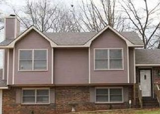 Pre Foreclosure in Anniston 36207 BERKSHIRE DR - Property ID: 1403749300