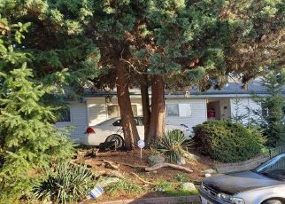 Pre Foreclosure in Seattle 98148 S 196TH ST - Property ID: 1404006390
