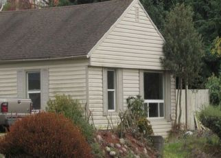 Pre Foreclosure in Seattle 98178 74TH AVE S - Property ID: 1404053700
