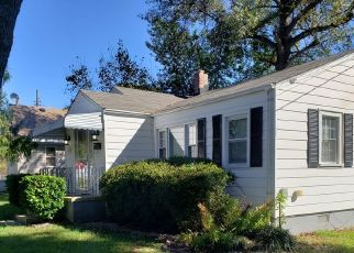 Pre Foreclosure in Norfolk 23503 HICKORY ST - Property ID: 1404156619