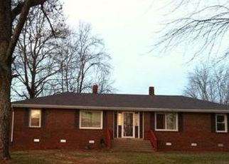 Pre Foreclosure in Franklin 37064 BENDING CHESTNUT RD - Property ID: 1404567436