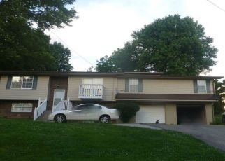 Pre Foreclosure in Harrogate 37752 DOVER AVE - Property ID: 1404599406