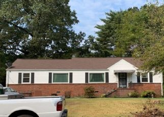 Pre Foreclosure in Chattanooga 37412 WELDON DR - Property ID: 1404611228