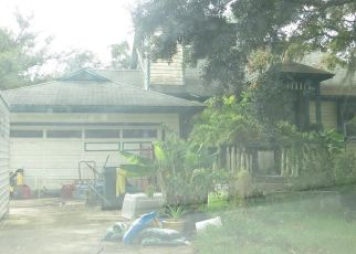 Pre Foreclosure in Oviedo 32766 W 7TH ST - Property ID: 1404870519