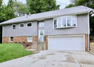 Pre Foreclosure in Rock Island 61201 30TH ST - Property ID: 1404985258