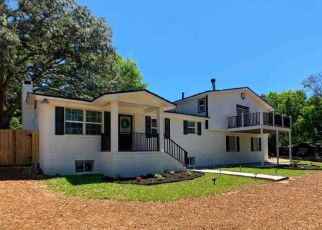 Pre Foreclosure in Pensacola 32503 BAYOU BLVD - Property ID: 1405277841