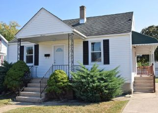 Pre Foreclosure in Dundalk 21222 WINONA AVE - Property ID: 1405400465