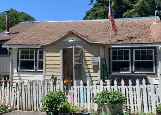 Pre Foreclosure in Coos Bay 97420 NOAH RD - Property ID: 1405491121