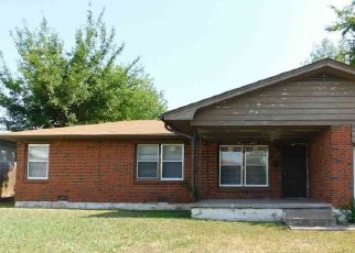 Pre Foreclosure in Lawton 73505 NW CARROLL AVE - Property ID: 1405588357