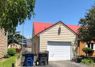 Pre Foreclosure in Toledo 43611 ALLENDALE DR - Property ID: 1405682973