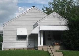 Pre Foreclosure in Dayton 45404 GROVE AVE - Property ID: 1405812154