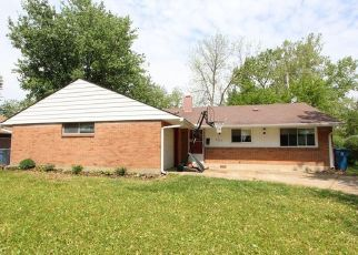 Pre Foreclosure in Dayton 45424 TILBURY RD - Property ID: 1405818739
