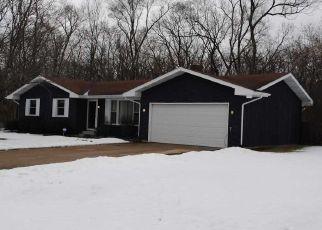 Pre Foreclosure in Elkhart 46516 PRIMROSE CIR - Property ID: 1405961963