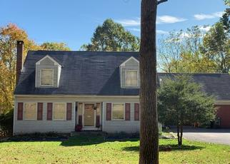 Pre Foreclosure in Easton 18042 RAUBSVILLE RD - Property ID: 1406052612