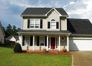 Pre Foreclosure in Waxhaw 28173 WATERBELL LN - Property ID: 1406083711