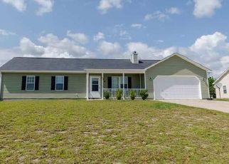 Pre Foreclosure in Hubert 28539 JENNA REA RD - Property ID: 1406125309