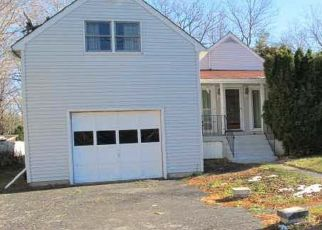 Pre Foreclosure in Hyde Park 12538 ROUTE 9G - Property ID: 1406324144