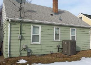 Pre Foreclosure in Saint Paul 55104 HEWITT AVE - Property ID: 1406883897
