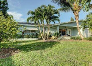 Pre Foreclosure in Jensen Beach 34957 NE HILLTOP ST - Property ID: 1407425213