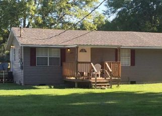 Pre Foreclosure in Hazel Green 35750 READY SECTION RD - Property ID: 1407433992