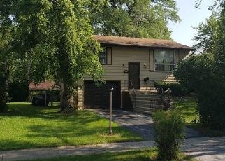 Pre Foreclosure in Glenwood 60425 E CENTER ST - Property ID: 1407643328