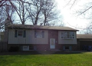 Pre Foreclosure in Chesterton 46304 KATHRYN CT - Property ID: 1407673554