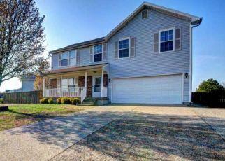 Pre Foreclosure in Louisville 40258 FENSKE LN - Property ID: 1407783935
