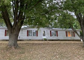 Pre Foreclosure in Paoli 47454 N COUNTY ROAD 600 E - Property ID: 1407843486
