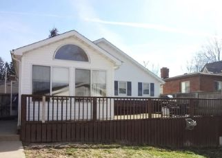Pre Foreclosure in Greensburg 47240 N LINCOLN ST - Property ID: 1407860118