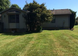 Pre Foreclosure in Jeffersonville 47130 JUSTINIAN - Property ID: 1407862766