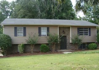 Pre Foreclosure in Birmingham 35235 CREELY DR - Property ID: 1407995464