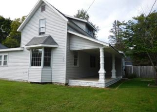 Pre Foreclosure in Wabash 46992 FERRY ST - Property ID: 1408111973