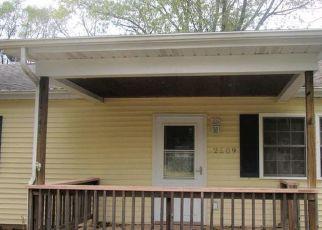 Pre Foreclosure in Michigan City 46360 BUFFALO ST - Property ID: 1408141753