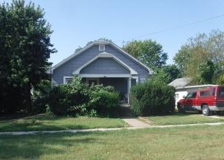 Pre Foreclosure in Jerseyville 62052 S LAFAYETTE ST - Property ID: 1408168916