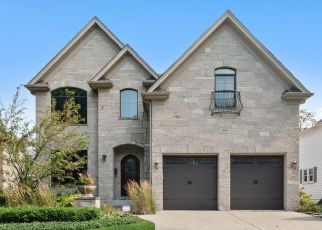 Pre Foreclosure in Downers Grove 60515 FOREST AVE - Property ID: 1408212704