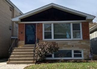 Pre Foreclosure in Forest Park 60130 ELGIN AVE - Property ID: 1408225395