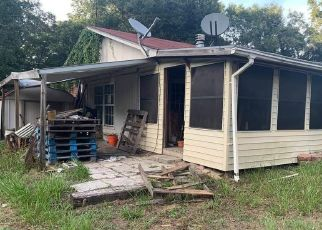 Pre Foreclosure in Lake City 32024 SW BEAUFORD PL - Property ID: 1408623517