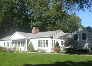 Pre Foreclosure in New Fairfield 06812 E LAKE RD - Property ID: 1408657687