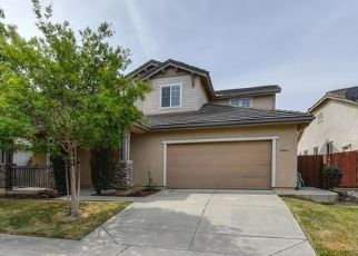 Pre Foreclosure in Elk Grove 95757 BECKLEY WAY - Property ID: 1408677384